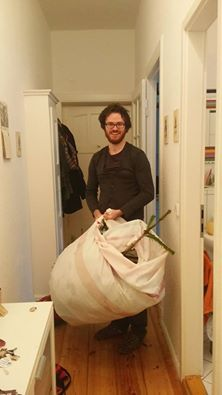 LSB and his genius mouldy-shower curtain contraption. (MSCC)