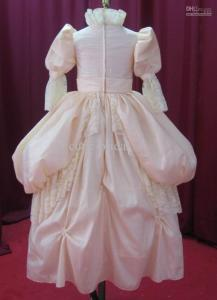 Source: http://pixshark.com/puff-sleeve-princess-dress.htm