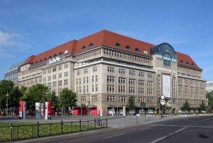 1280px-berlin_schoeneberg_tauentzienstrasse_21-24_kadewe