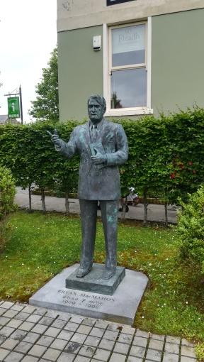 Statue of Bryan MacMahon